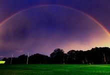 30个颜色鲜艳的彩虹背景