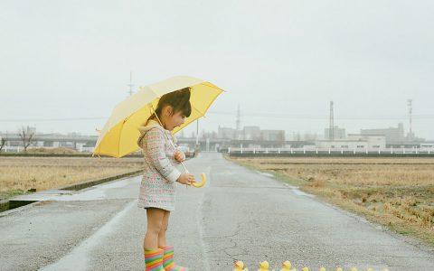 日本摄影师拍摄4岁女儿的创意照片