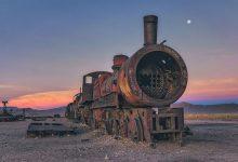 玻利维亚丢失的火车残骸的壮观照片